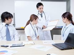 研修の参加にスタッフが参加した場合、給与支給が必要か?