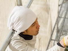 塗装費用100万円は支出時に修繕費として費用になりますか?